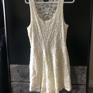 Aritzia Dilema Dress